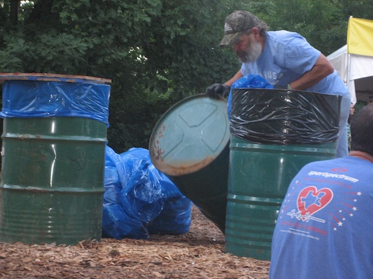Blue means green - Recycalusa doing work.